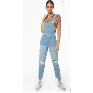 NWT Forever21 Distressed-Knee Denim Overalls
